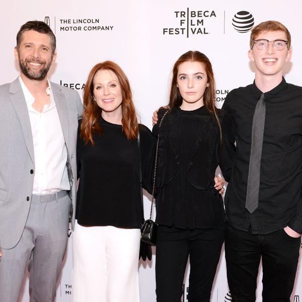 Julianne Moore, Bart Freundlich, Liv Freundlich, Caleb Freundlich