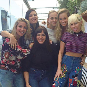 Miley Cyrus, Elsa Pataky, Friends