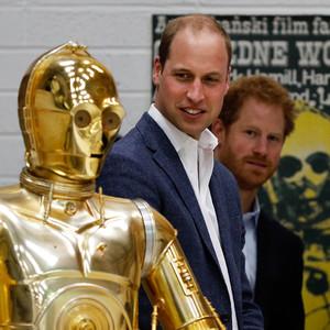 Kate Middleton & Prince William Meet Celebs