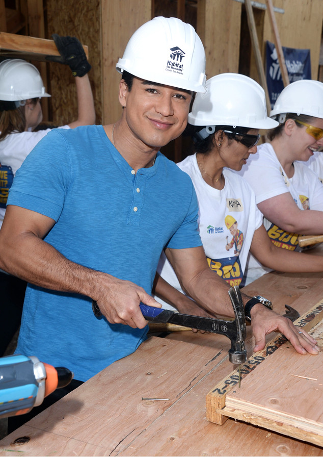 Mario Lopez, Eco-Friendly Do-Gooder
