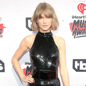 iHeartRadio Music Awards 2016: Red Carpet