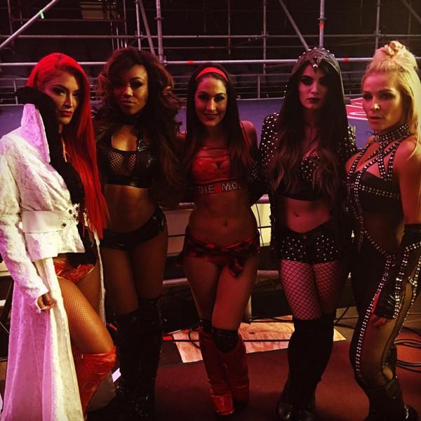 Total Divas, Wrestlemania