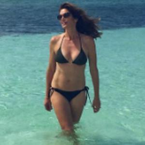 Cindy Crawford, Bikini