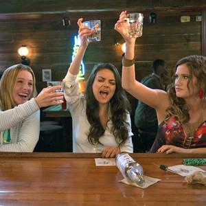 Bad Moms, Kristen Bell, Mila Kunis, Katherine Hahn