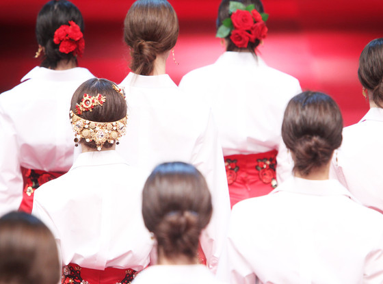 Dolce Gabbana, Floral Wedding Hair