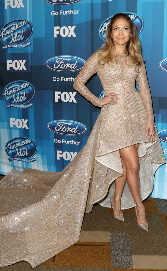 Jennifer Lopez, American Idol Farewell Season Finale