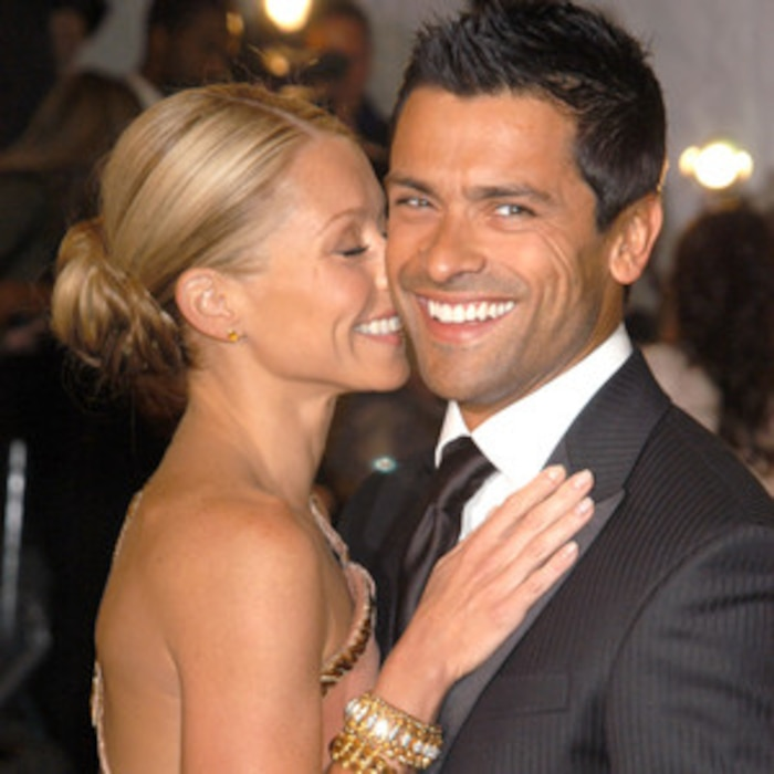 Kelly Ripa Celebrates Her 20 Year Wedding Anniversary To Mark Consuelos With One Sweet Post E News