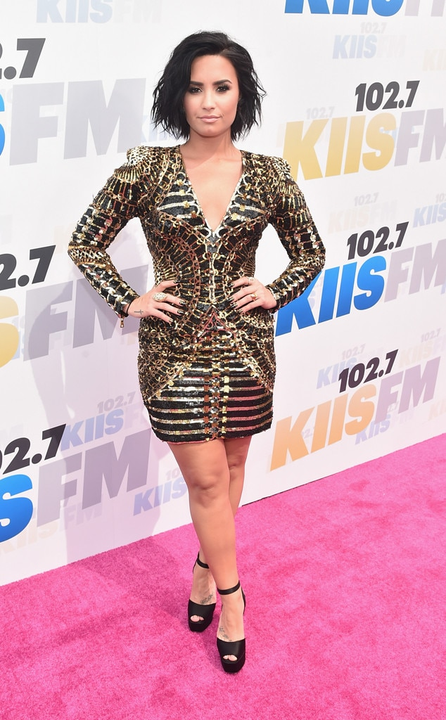 Demi Lovato Unleashes Twitter Rant After Quitting Social Network ...