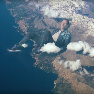 """Coldplay, Chris Martin, """"Up&Up"""" Music Video"""
