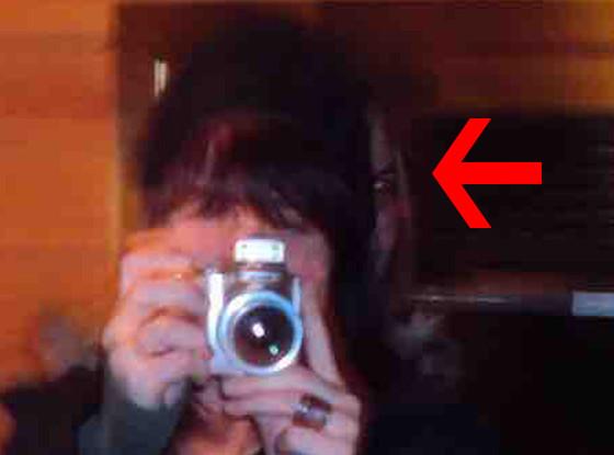 Creepy reddit selfie reflection