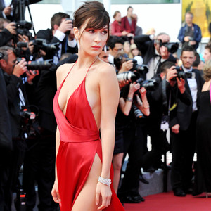 ESC: Cannes 2016, Bella Hadid, Slits