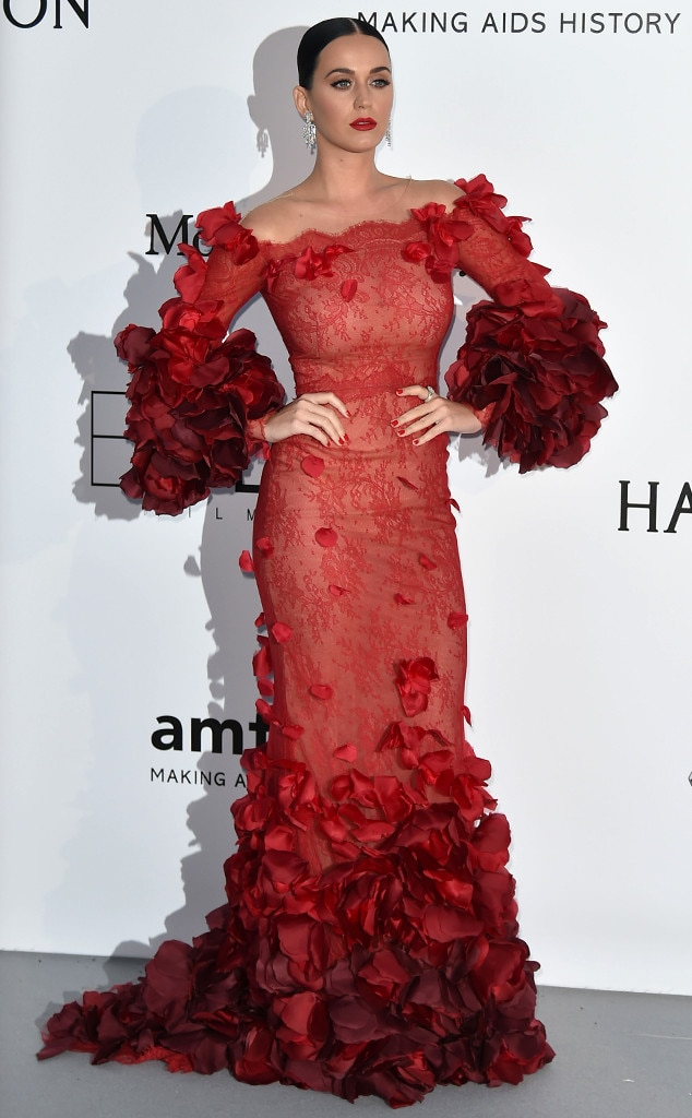 Regal In Rose Petals From Katy Perry S Best Looks E News