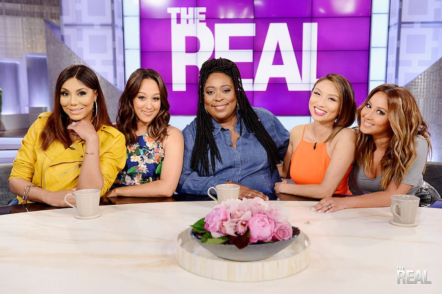 Tamar Braxton,Tamera Mowry-Housley, Loni Love, Jeannie Mai, Adrienne Bailon, The Real