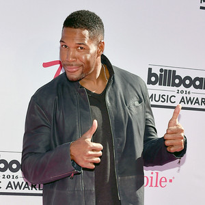 Michael Strahan, 2016 Billboard Music Awards