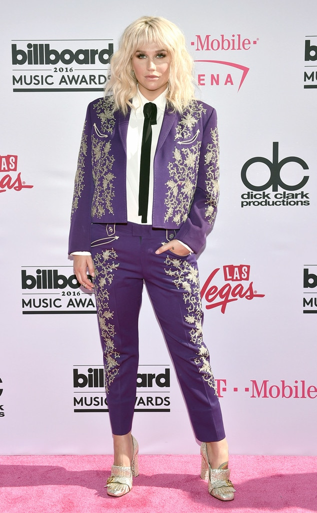 Kesha, 2016 Billboard Music Awards