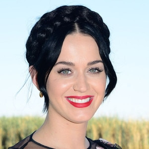 Katy Perry Is Twitter's Most Followed Person: Read 10 of ...  Katy Perry