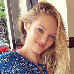 Candice Swanepoel, Baby Bump