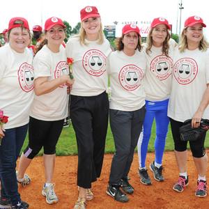 Megan Cavanagh, Tracy Reiner, Geena Davis, Patti Pelton, Anne Ramsay, Freddie Simspon, A League Of Their Own