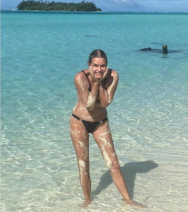 Yolanda Hadid, Bikini, Instagram