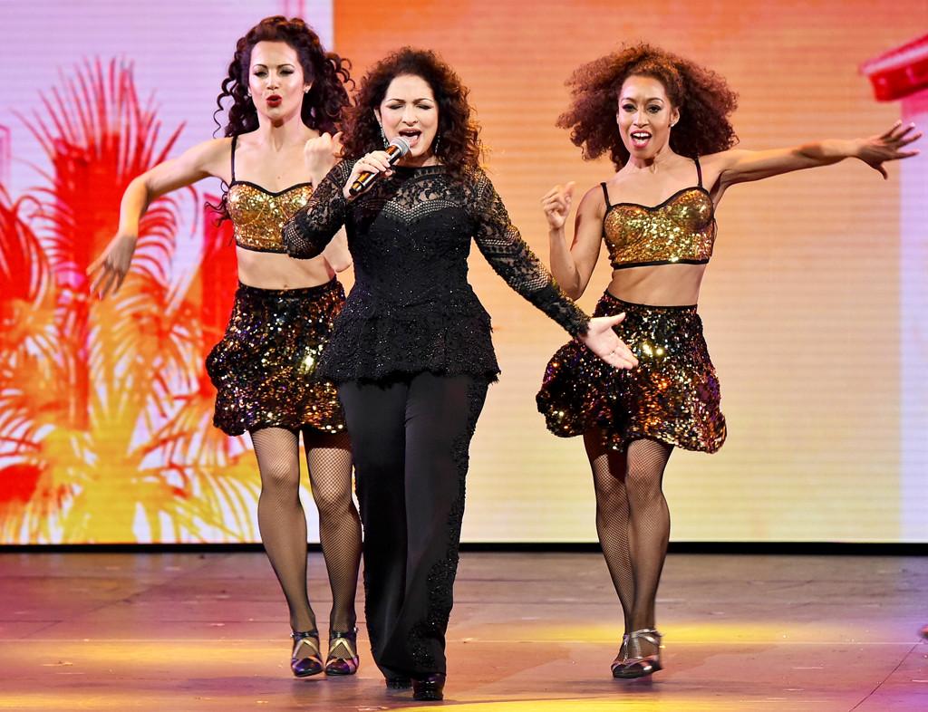 Gloria Estefan, Tony Awards 2016, Show