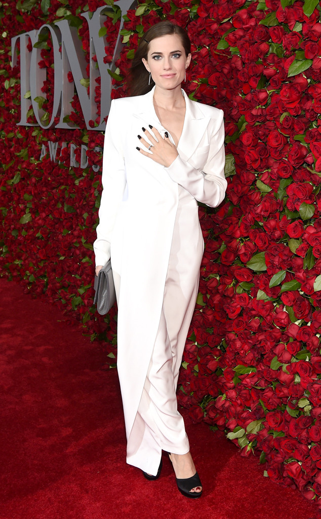 Allison Williams , Tony Awards 2016