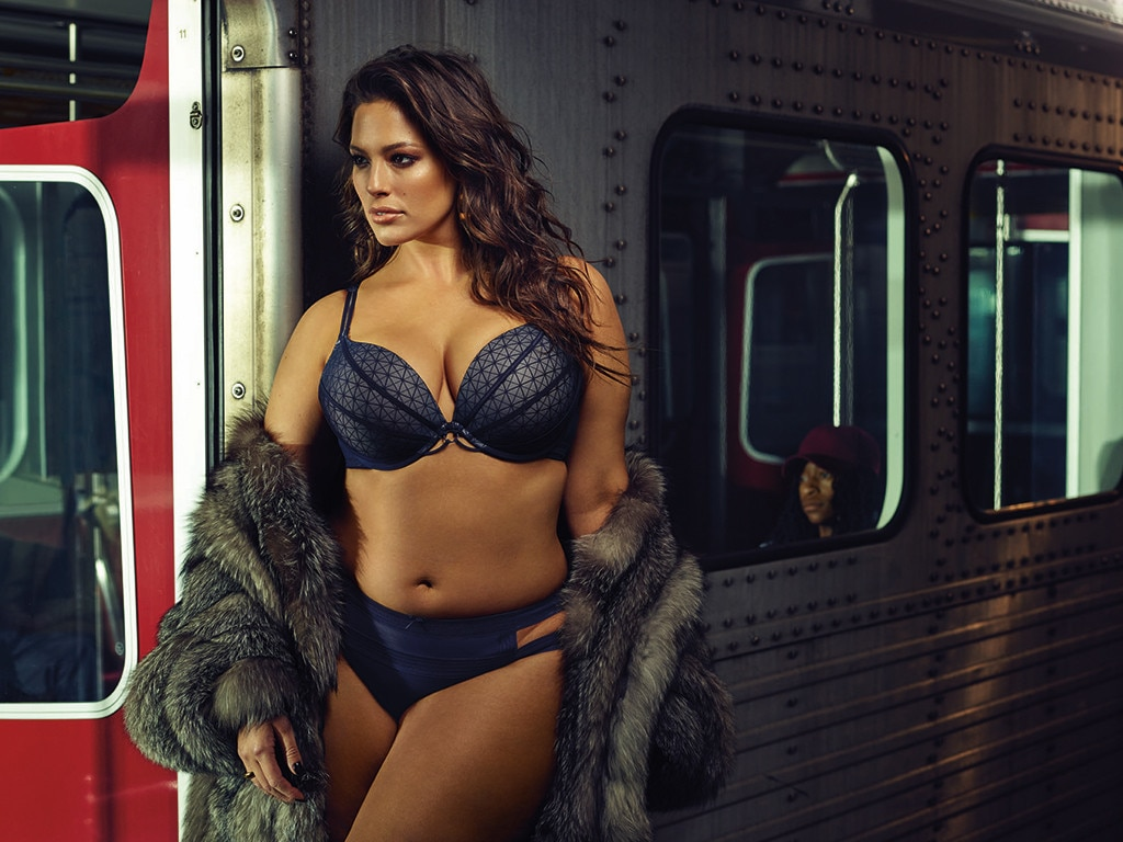 Ashley Graham, Lingerie on Subway, Addition Elle Collection