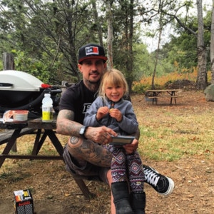 Carey Hart, Father's Day 2016