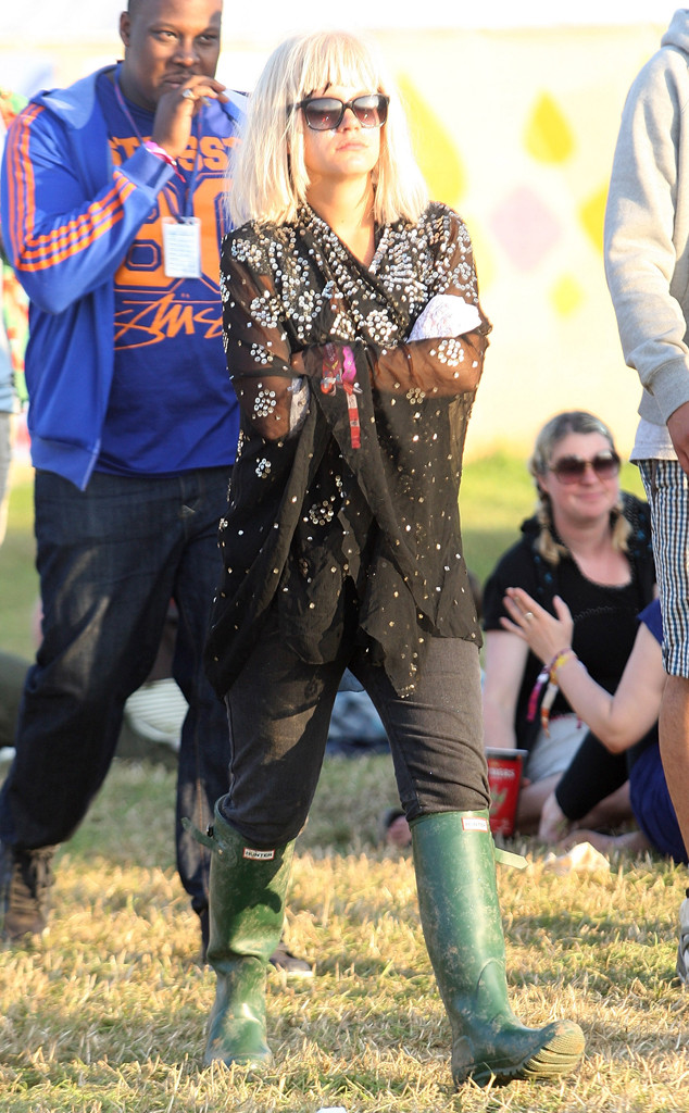 Historical Look Back at Celebs in Wellies at Glastonbury Festival, Lily Allen