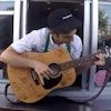 Starbucks, Serenading Barista