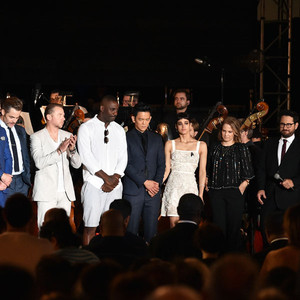 Karl Urban, Zoe Saldana, Zachary Quinto, Chris Pine, Simon Pegg, Idris Elba, John Cho, Sofia Boutella, Lindsey Weber, J.J. Abrams