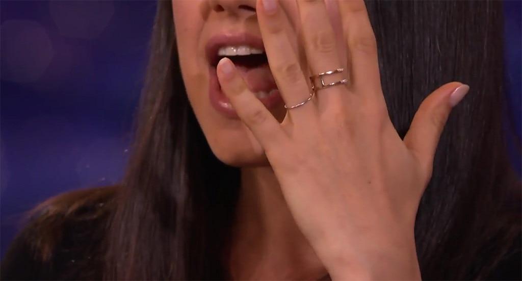 Mila Kunis, Wedding Ring