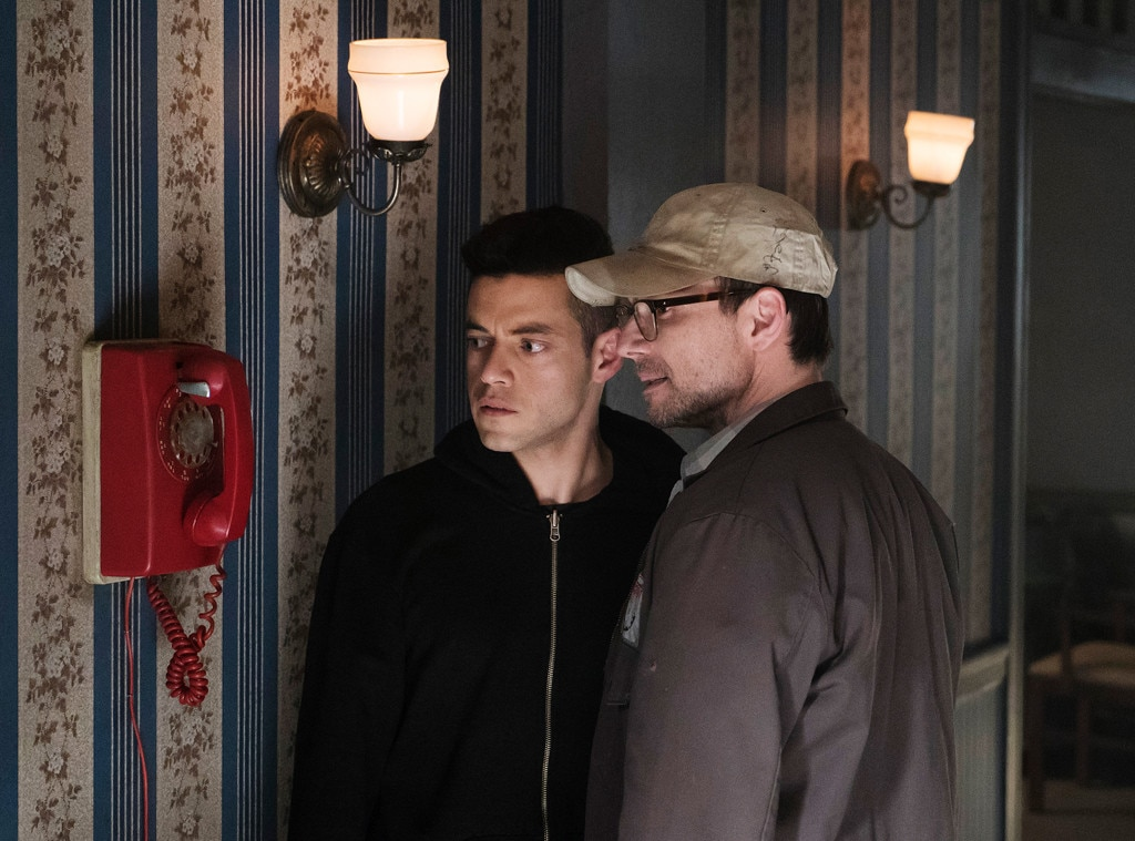 Mr. Robot: Watch the beginning of season 3 right now