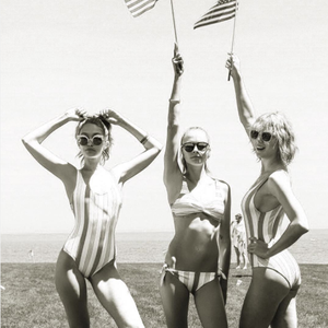 Taylor Swift Instagram, Fourth of July