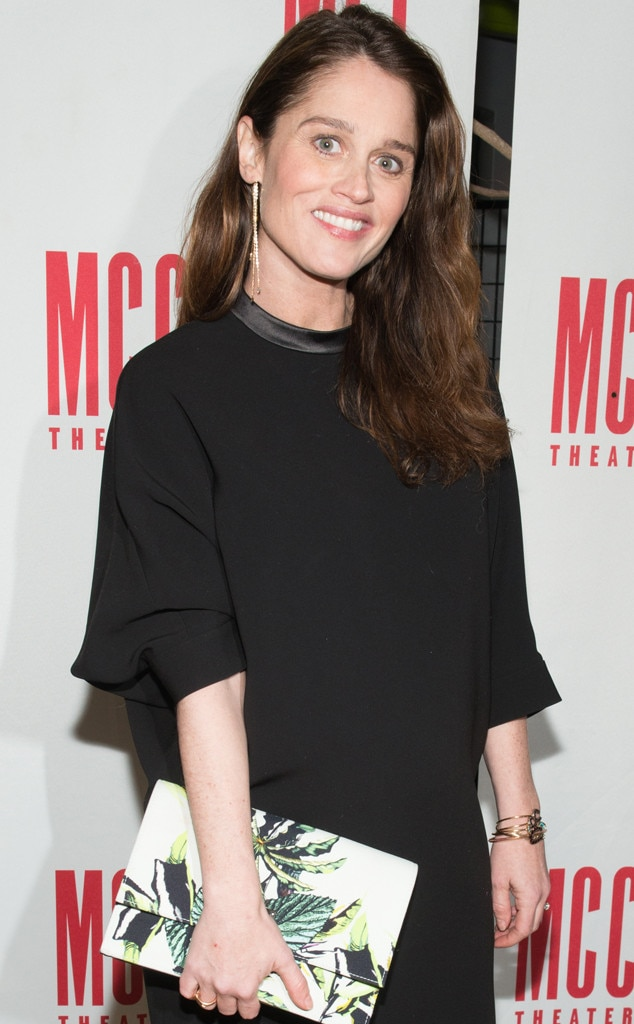 Robin Tunney Gives Birth To First Child See The Mentalist Stars