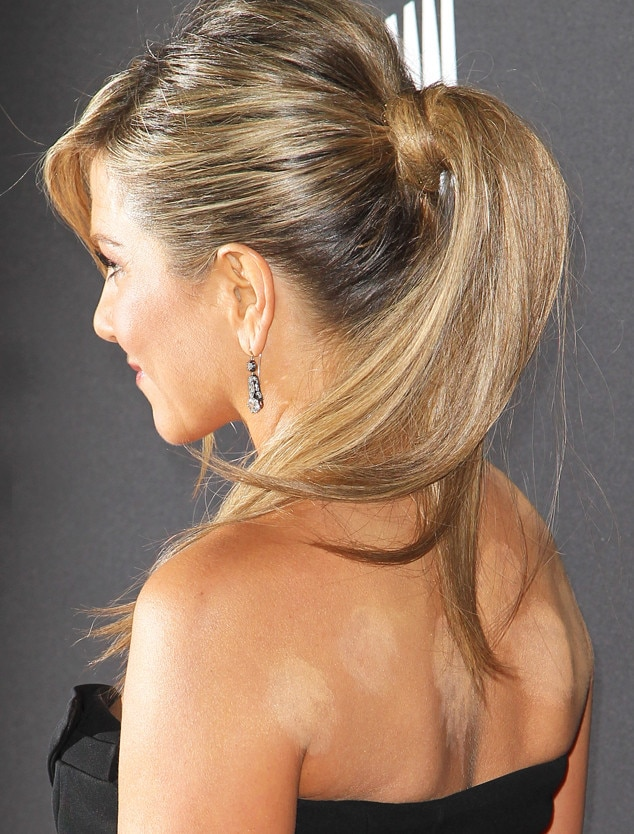 Cupping We Tried The Holistic Practice Jennifer Aniston