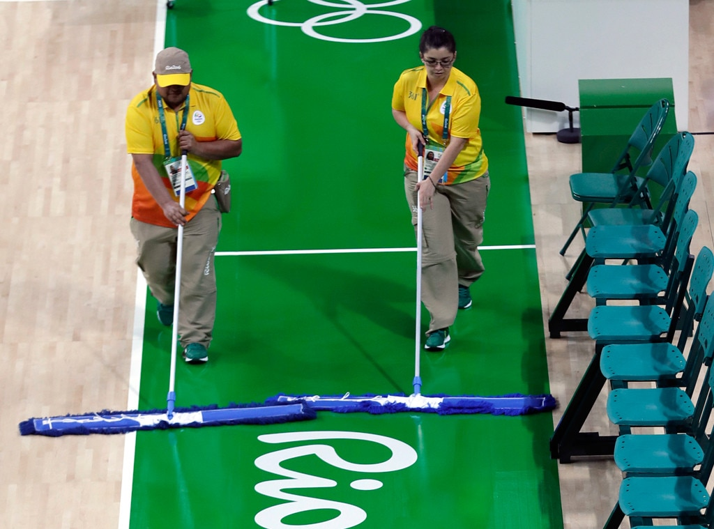 Odd Olympic Jobs, Sweat Mopper