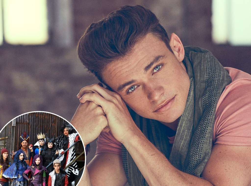 Disney's Descendents 2, Thomas Doherty