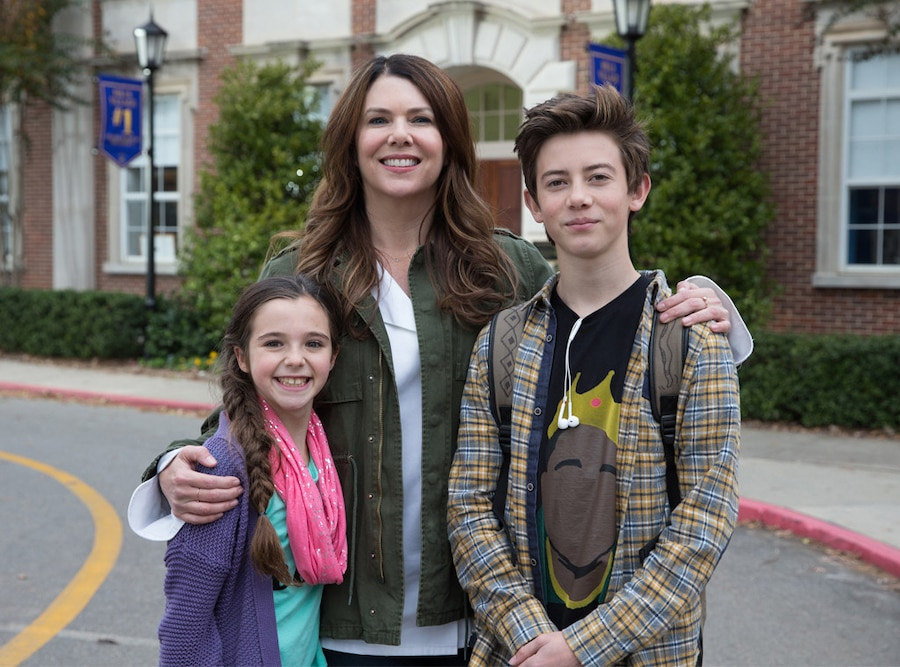 Alexa Nisenson, Lauren Graham, Griffin Gluck, Middle School: The Worst Years of My Life