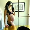 Behati Prinsloo, Baby Bump