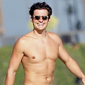 Orlando Bloom pictured completely NAKED while paddle