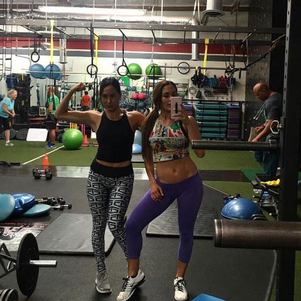 Total Divas, Gym, Instagram