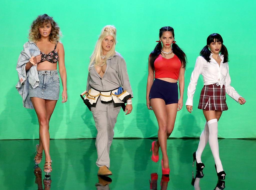 Chrissy Teigen, Jenna Dewan-Tatum, Ellen DeGeneres, Olivia Munn