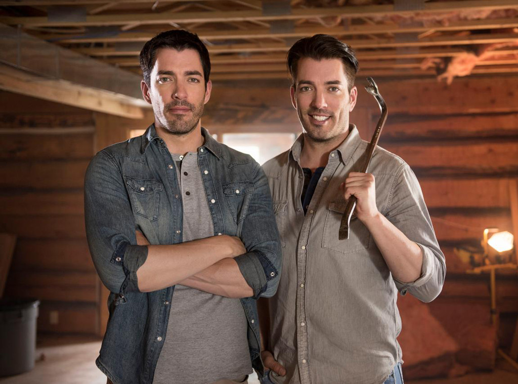 Property brothers 39 drew scott talks 39 39 tough 39 39 wedding Who are the property brothers