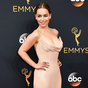 Emilia Clarke, 2016 Emmy Awards, Worst Dressed
