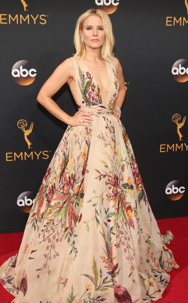 Kristen Bell from 2016 Emmys Red Carpet Arrivals | E! News Emmy Awards