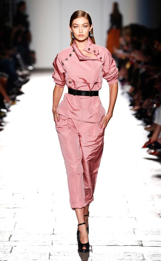 Gigi hadid 39 s runway evolution photos for Gigi hadid fashion week