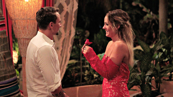 Bachelor in Paradise, Evan, Carly