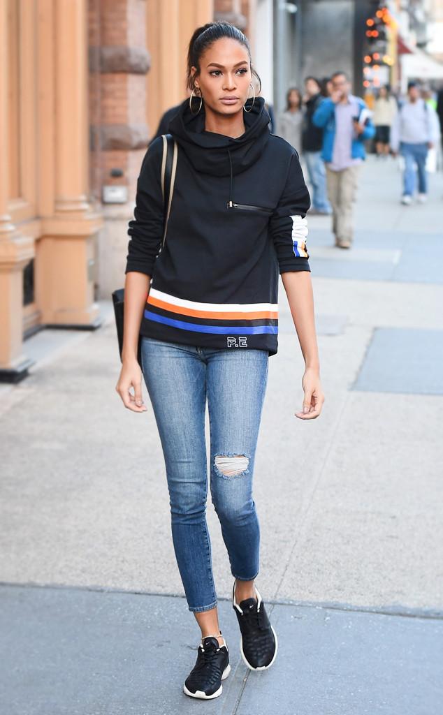 ESC: Joan Smalls, Jeans