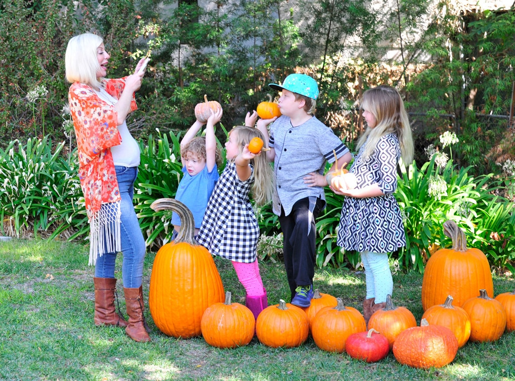 Tori Spelling, Exclusive, Celeb Kids Celebrate Halloween 2016