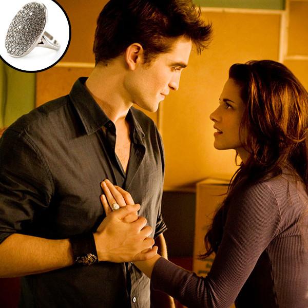 Robert Pattinson, Kristen Stewart, Twilight Saga, Breaking Dawn Part 1, Ring